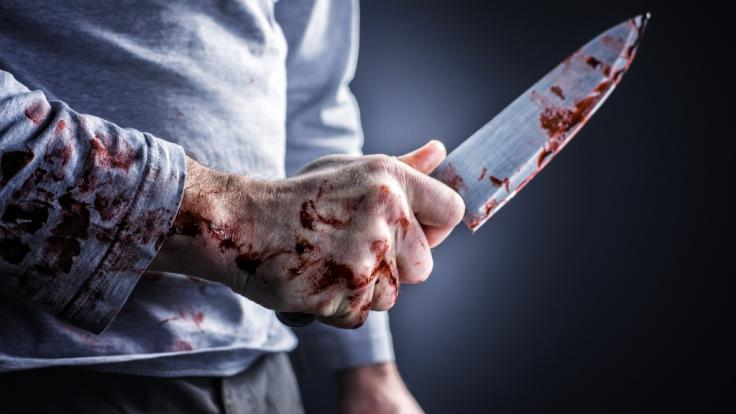 Eine 21 Jahre alte Schwangere wurde in Russland erstochen und geköpft aufgefunden - ihr Ehemann steht unter Mordverdacht (Symbolbild).