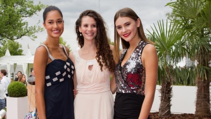Die ehemaligen Germany's-Next-Topmodel-Kandidatinnen Lovelyn Enebechi (1,78 m), Betty Taube (1,76 m) und Stefanie Giesinger (1,78 m).