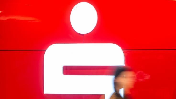 Sparkassen verlangen Gebühren für Zahlungen mit EC-Karte. (Symbolfoto) (Foto)