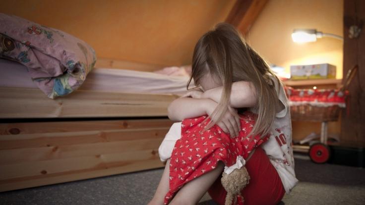 Die Tochter musste dem Treiben des Vaters mitunter zusehen.