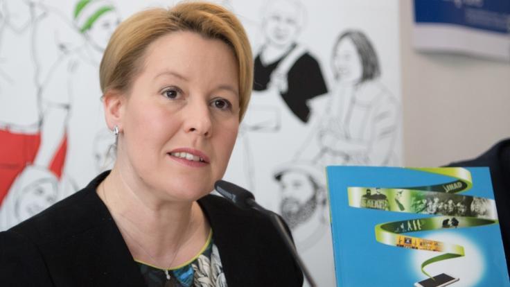 In Berlin stellte Bundesfamilienministerin Franziska Giffey am Dienstag den Report