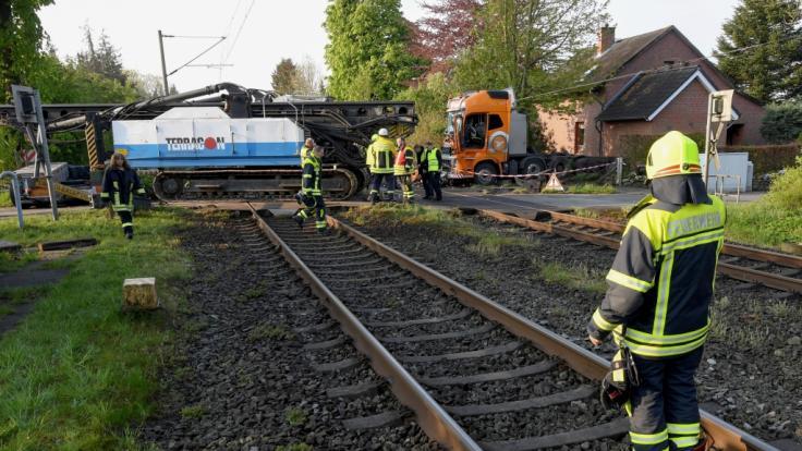 Bei einem Bahn-Unfall in Schleswig-Holstein wurden mindestens 20 Personen verletzt.
