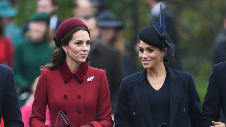 Warum wohnen die beiden Herzoginnen im Urlaub nicht unter einem Dach? (Foto)