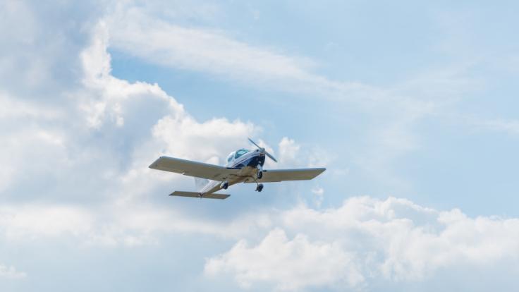In Brandenburg ist ein Kleinflugzeug abgestürzt. (Symbolfoto) (Foto)
