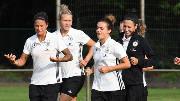 Die deutsche Frauen-Fußball-Nationalmannschaft muss 2017 ihren EM-Titel verteidigen. (Foto)