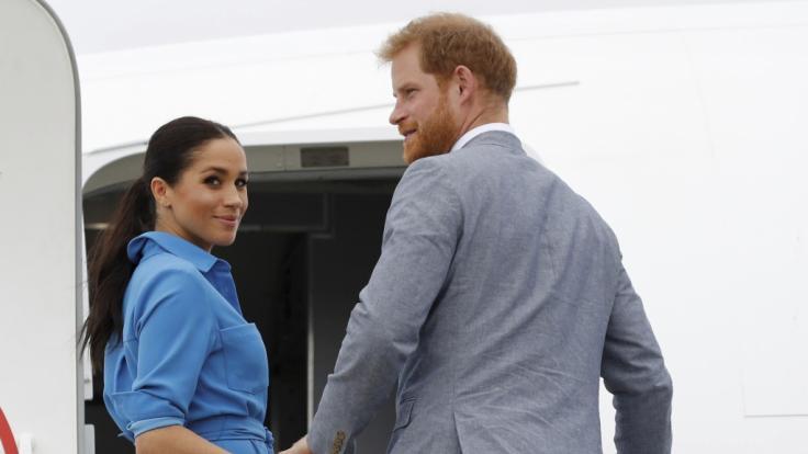 Meghan Markle und Prinz Harry flogen in einem 16 Millionen Euro teuren Jet in den Urlaub. (Symbolbild)