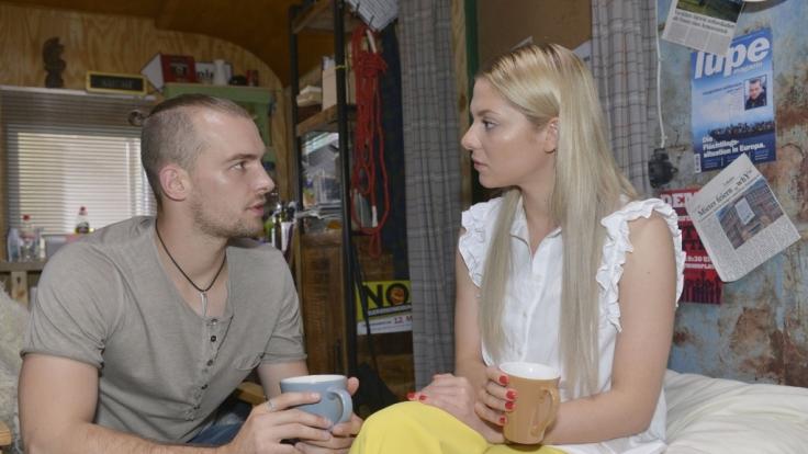 Wie wird es mit Chris (Eric Stehfest) und Sunny (Valentina Pahde) weitergehen? (Foto)