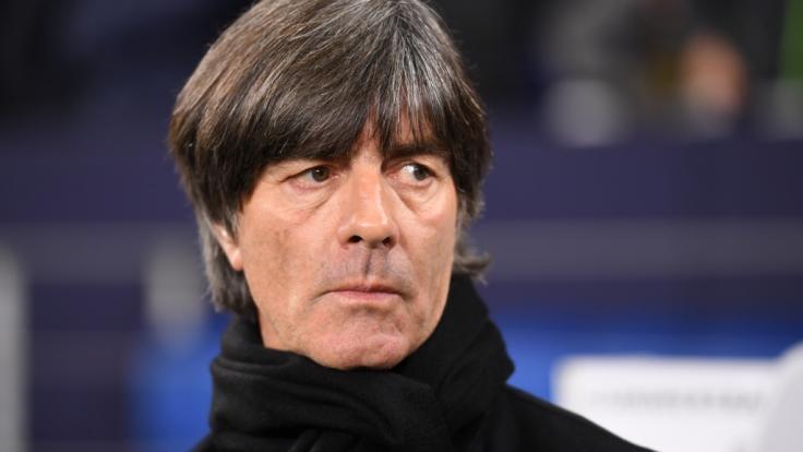 Bundestrainer Joachim Löw ist nach dem Pleite-Jahr 2018 in der Gunst der Fußballfans abgerutscht. (Foto)