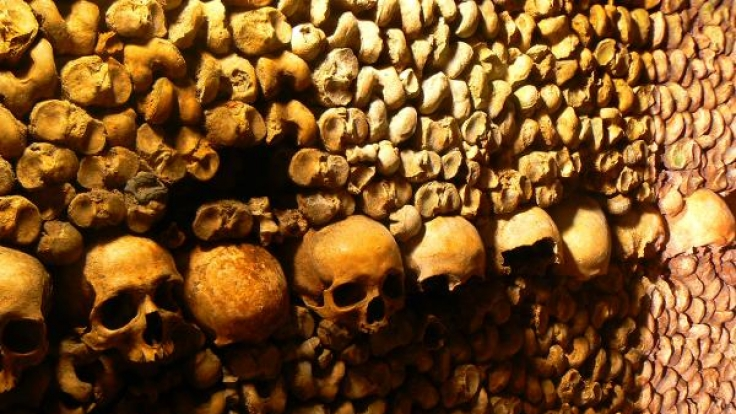 Sightseeing zum Gruseln: In den Katakomben von Paris überkommt den Besucher ein wohliges Schaudern. (Foto)