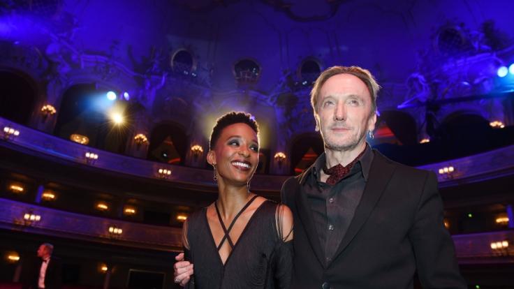 Marius Müller-Westernhagen mit seiner Freundin Lindiwe Suttle.