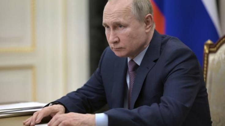 Die Nachrichten des Tages auf news.de:Wladimir Putin: Ex-Botschafter schürt Angst! Putin könnte Krieg in Europa entfachen (Foto)