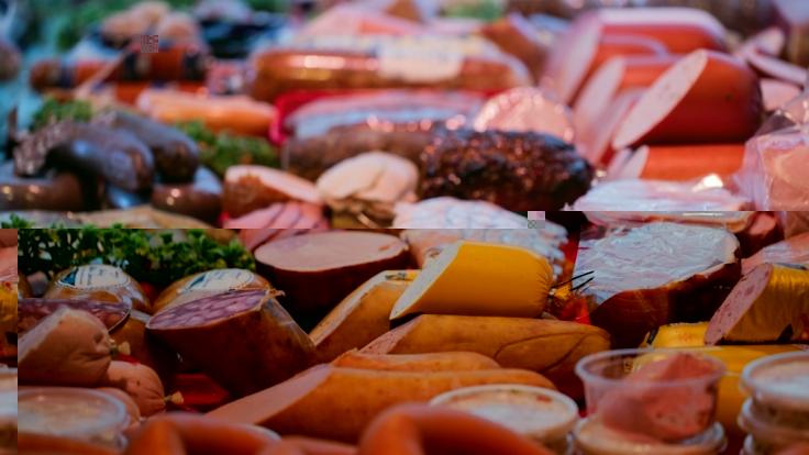 Über eine Mehrwertsteuererhöhung beim Fleisch wird momentan in der Regierung diskutiert.