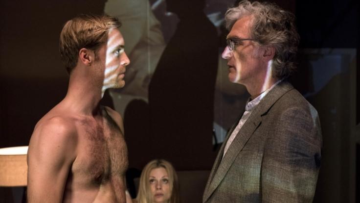 Matthias Winter lernt den jungen Liebhaber seiner Frau kennen. (Foto)