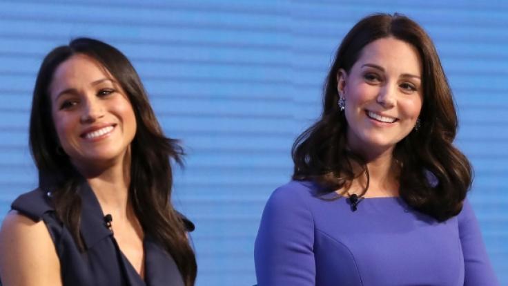 Wie gut verstehen sich Kate (rechts) und Meghan wirklich? (Foto)