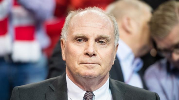 Uli Hoeneß droht dem nordrhein-westfälischen Justizminister Thomas Kutschaty zufolge eine Widerrufung seiner Bewährungsstrafe - muss der Präsident des FC Bayern München nun wieder ins Gefängnis?