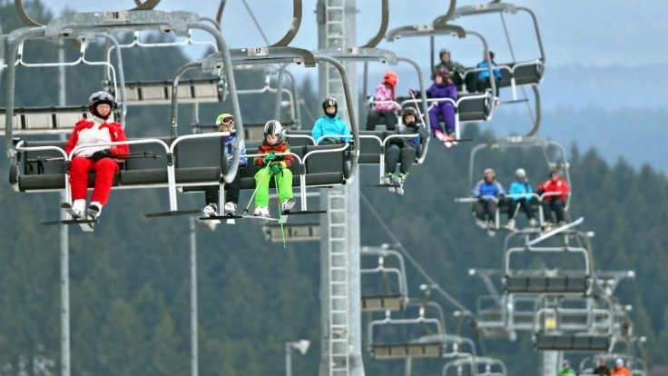 Kunstschnee sorgt für Skispaß auch bei Plusgraden.