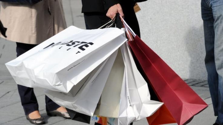 Auch am Muttertag können Sie in einigen Städten shoppen gehen.