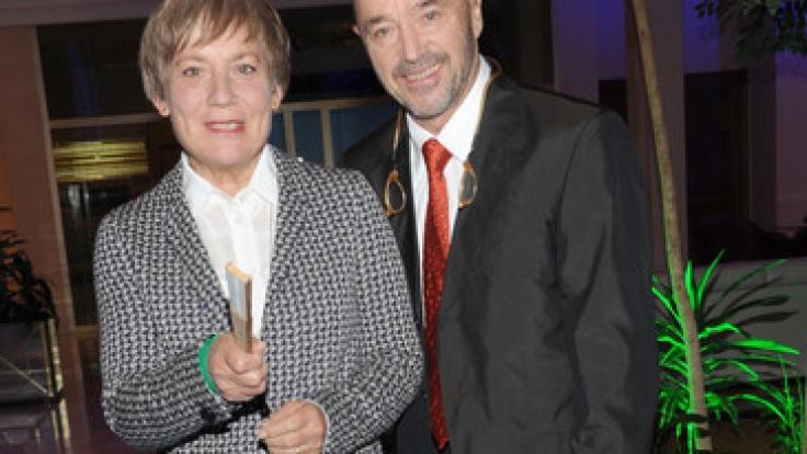 Seit 1980 ist Christian Neureuther mit Rosi Mittermaier verheiratet.