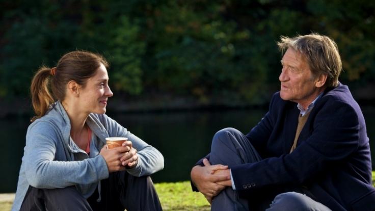Isabel und Peter treffen sich beim Sport. (Foto)