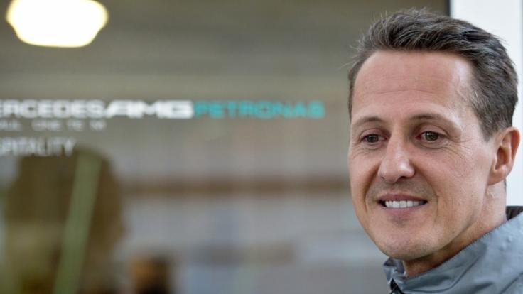 Michael Schumacher sieht sich mit harten Vorwürfen von Jacques Villeneuve konfrontiert.