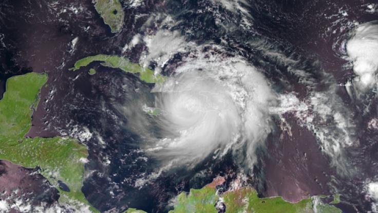 Hurrikan Matthew der Kategorie 4 über Haiti, Kuba und Jamaika. (Foto)