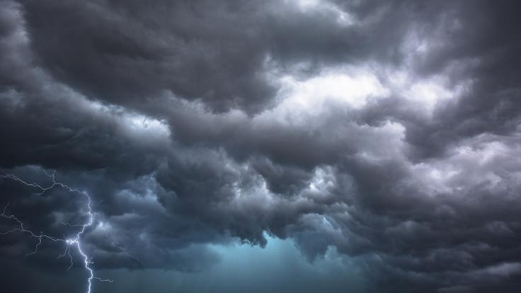 Ein Sturmtief fegt über Deutschland hinweg. (Foto)