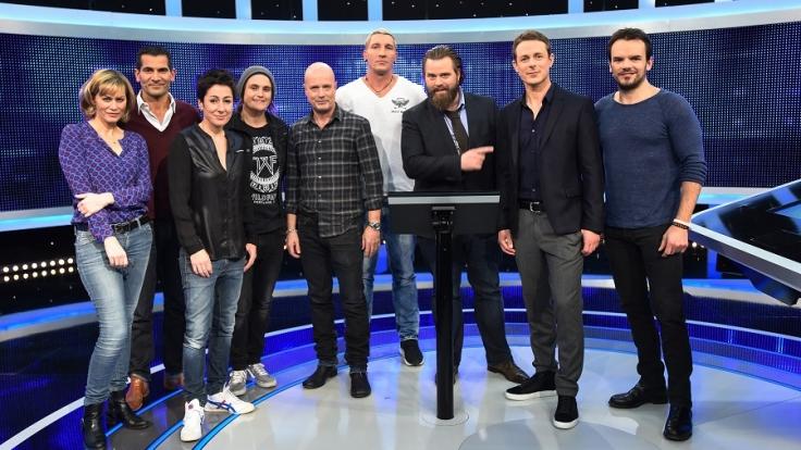 """Prominente wie Steffen Henssler stellen sich der Herausforderung bei """"Gefragt - Gejagt"""". (Foto)"""