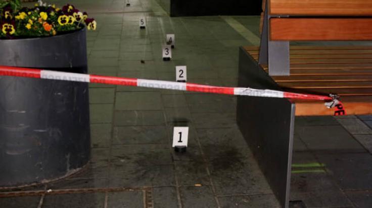 Ein Jugendlicher wurde in der Regensburger Innenstadt niedergestochen.