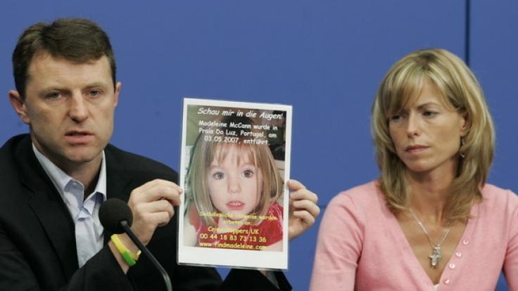 Maddies Eltern Kate (49) und Gerry McCann (49) haben die Hoffnung nie aufgegeben, ihre Tochter noch lebend zu finden.