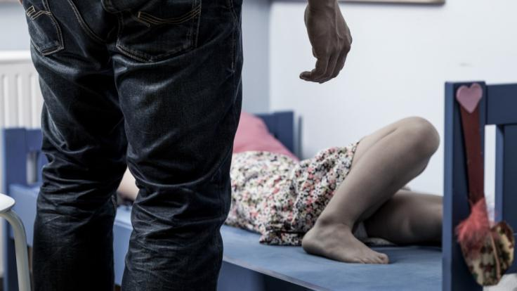 In Essex missbrauchte ein Vater seine Tochter seit deren 4. Lebensjahr. (Symbolbild) (Foto)