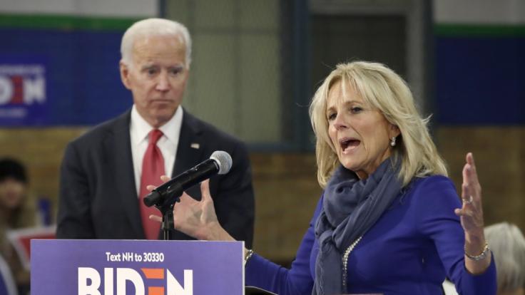 """Nach ihrer """"Trennung"""" von US-Präsident Joe Biden schwärmt Jill Biden für einen anderen Mann. (Foto)"""