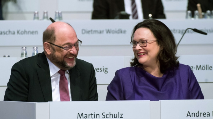 Neben steigenden Diäten profitieren die Bundestagsabgeordneten demnächst auch von höheren Pensionen.