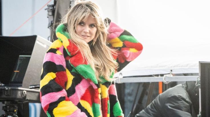 Heidi Klum entblößt den Hintern ihres Mannes. (Foto)