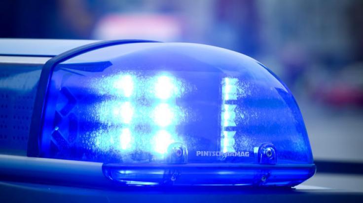 In Berlin-Mitte läuft derzeit ein riesiger Polizeieinsatz. (Foto)