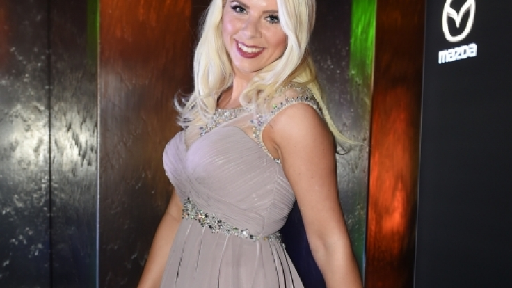 Jenny Frankhauser ist nicht nur amtierende Dschungelkönigin, sondern auch als Sängerin erfolgreich.