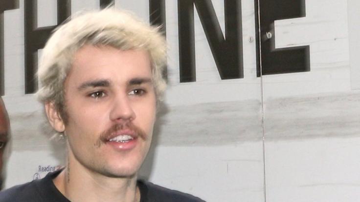 Justin Bieber zeigte sich in Los Angeles unfreiwillig in Kim Kardashians Unterwäsche. (Foto)