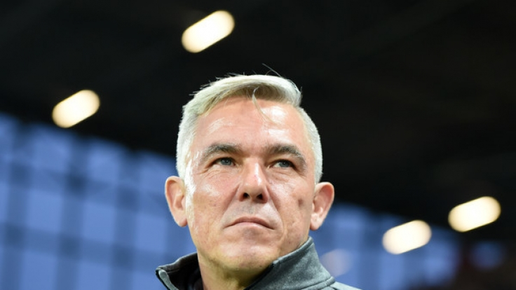 St.-Pauli-Coach Olaf Jansen muss gegen den SV Sandhausen auf zahlreiche verletzte Spieler verzichten.