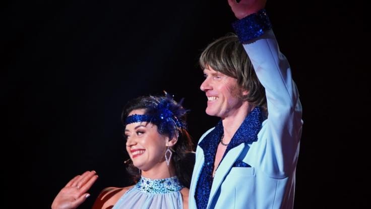 """Mickie Krause und Malika Dzumaev mussten sich nach der 6. """"Let's Dance""""-Show verabschieden. (Foto)"""