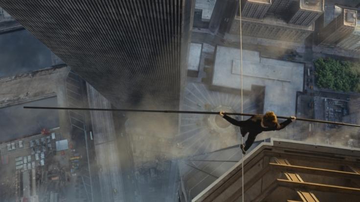 420 Meter über dem Abgrund - Philippe Petit (Joseph Gordon-Levitt) erfüllte sich einen großen Traum. (Foto)
