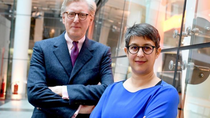 Theo Koll und Shakuntala Banerjee fühlen Deutschlands Spitzenpolitikern in den ZDF-Sommerinterviews vor der Bundestageswahl 2021 auf den Zahn. (Foto)