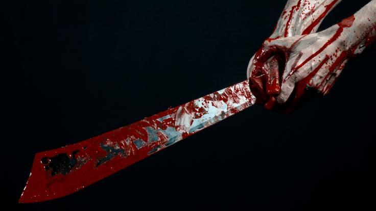 Blutbad in England: Sie erlitt mehrere Schädelbrüche! Mann metzelt Ex-Frau mit Machete nieder