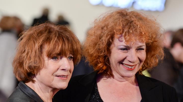 Schauspielerin Hannelore Hoger (l) und ihre Tochter Nina Hoger in Hamburg bei der Eröffnung der Elbphilharmonie. (Foto)