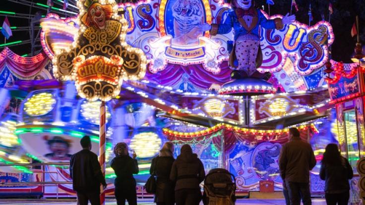 """Das Volksfest """"Cannstatter Wasen"""" in Stuttgart verspricht Unterhaltung für Groß und Klein. (Foto)"""