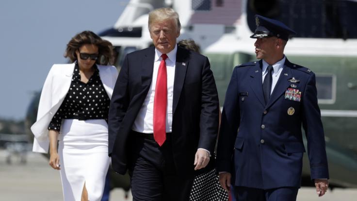 Ist die Frau an der Seite von US-Präsident Donald Trump wirklich Melania Trump - oder ein Double? (Foto)