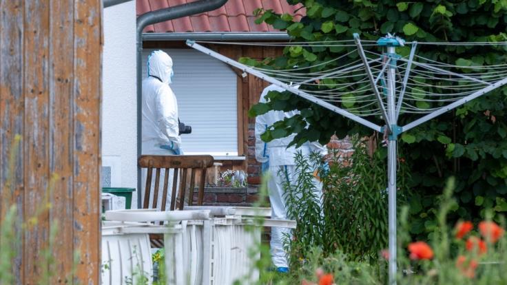 In einem Haus Schwandorf wurden die Leichen eines Paares entdeckt.