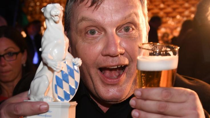 Komiker Hape Kerkeling ist in der Kategorie Ehrenpreis des Bayerischen Ministerpräsidenten geehrt worden beim Bayerischen Fernsehpreis 2018. (Foto)