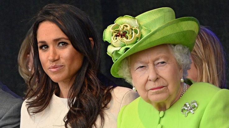Hat es sich Meghan Markle bei der Queen verscherzt? (Foto)