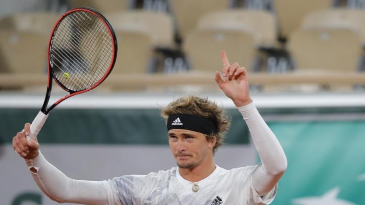 Open: Ergebnisse hier: Alexander Zverev kämpft sich in...