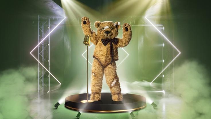 """Bühne frei für den Teddy! Der knuffige Bär geht bei """"The Masked Singer"""" 2021 ins Rennen. (Foto)"""