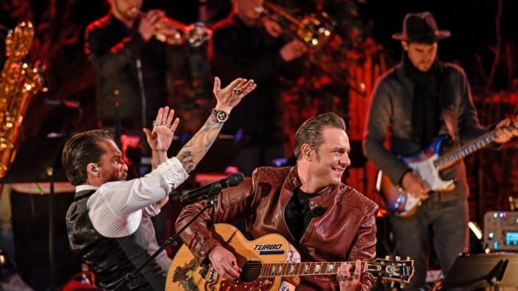 """Die Künstler von """"Sing meinen Song"""" sind der Einladung von Sascha Vollmer und Alec Völkel von """"The BossHoss"""" nach Südafrika gefolgt und haben ihre zahlreichen Hits im Gepäck. (Foto)"""